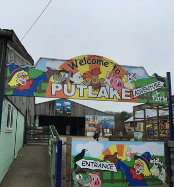 putlake-farm-sign